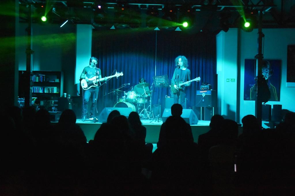 Alternatif Sahne Voyvo konseri ile gençleri coşturdu