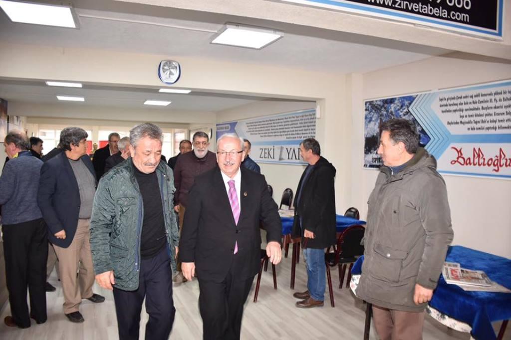 Başkan Kadir Albayrak'tan Çorlu İlçesindeki Hemşehri Derneklerine Ziyaret
