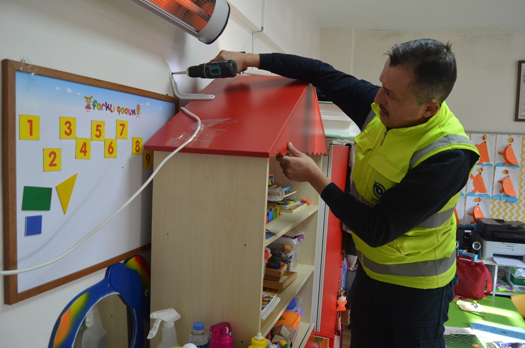 Büyükşehir Belediyesi'nden Deprem Haftasında Farkındalık Yaratacak Çalışma