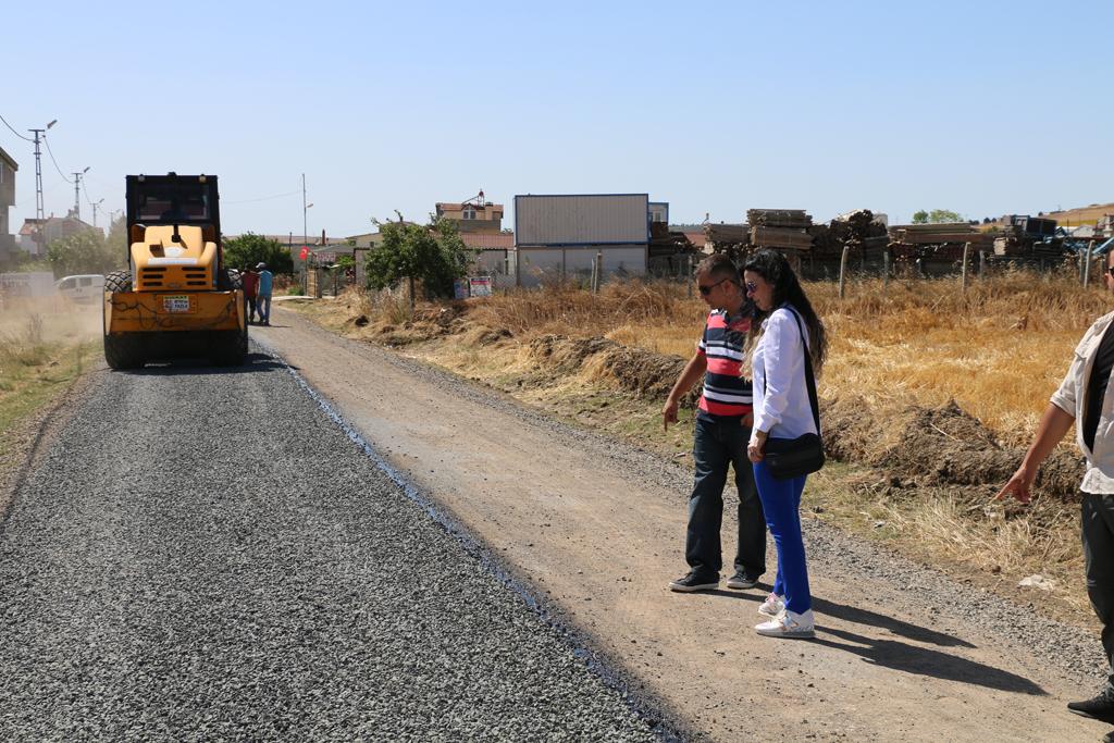 Marmaraereğlisi Belediyesi'nden Soğuk Asfalt Yol Çalışması