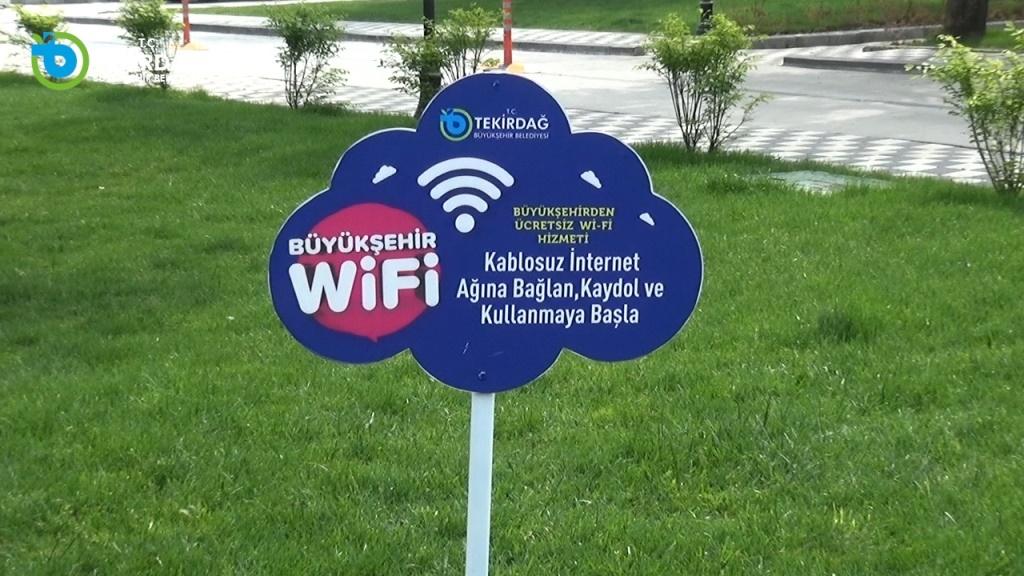 Büyükşehir Belediyesi'nin Wi-Fi Hizmetinden 70.000 Vatandaş Faydalandı