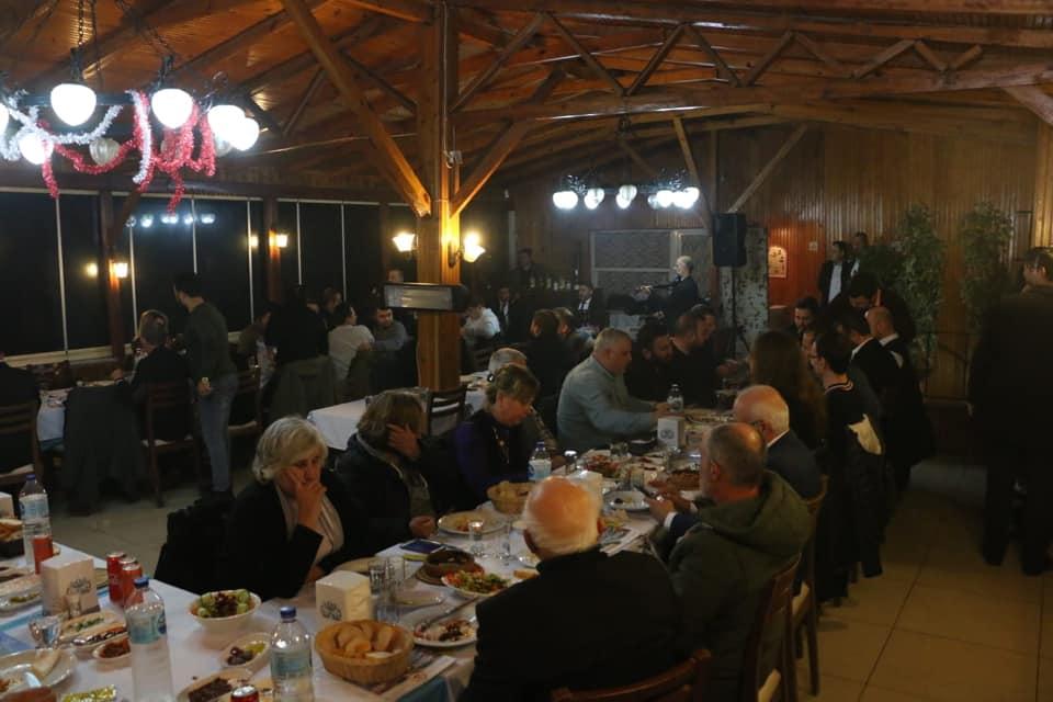 Başkan Ata'dan,Çalışan Gazetecilere Yemekli Kutlama