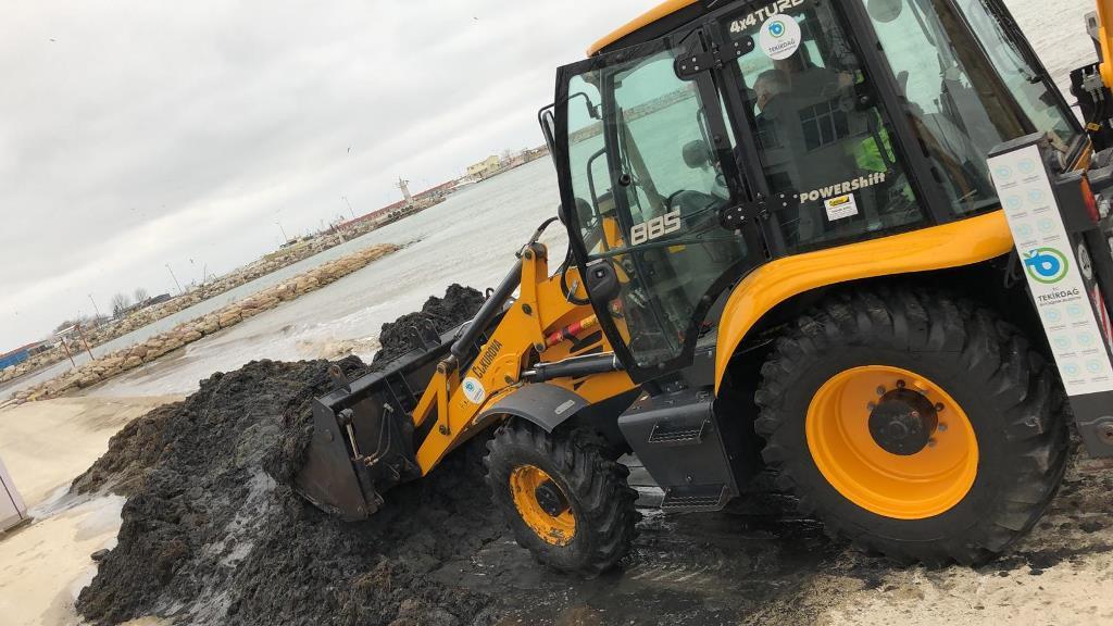 Tekirdağ'ın Kıyı ve Plajları Temizlenmeye Devam Ediyor
