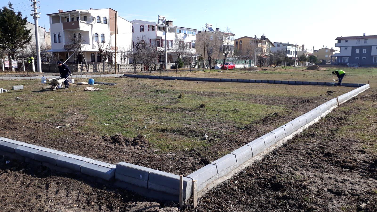 Marmaraereğlisi Belediyesi Çevre Düzenlemesi Çalışmalarına Devam Ediyor