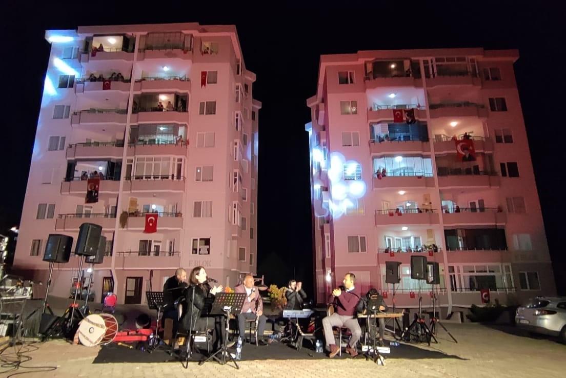 Süleymanpaşa Belediyesinden açık havada muhteşem konser