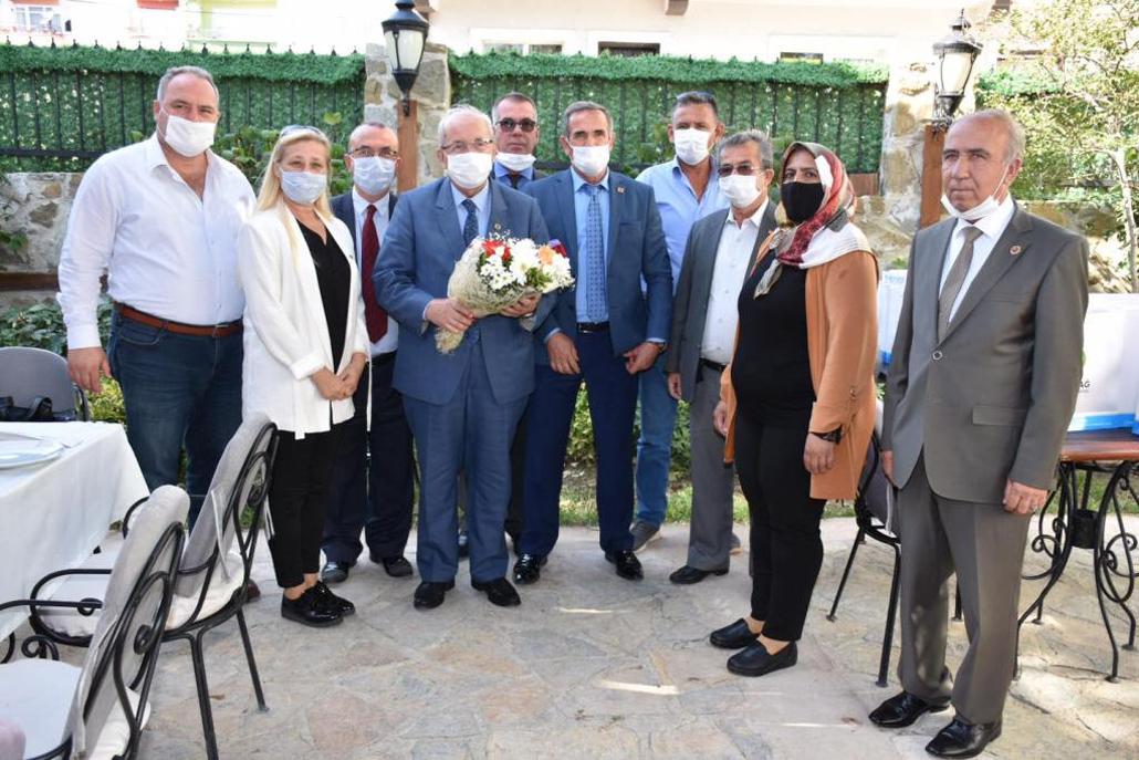 Başkan Kadir Albayrak Süleymanpaşa İlçesinde Mahalle Muhtarlarıyla Bir Araya Geldi