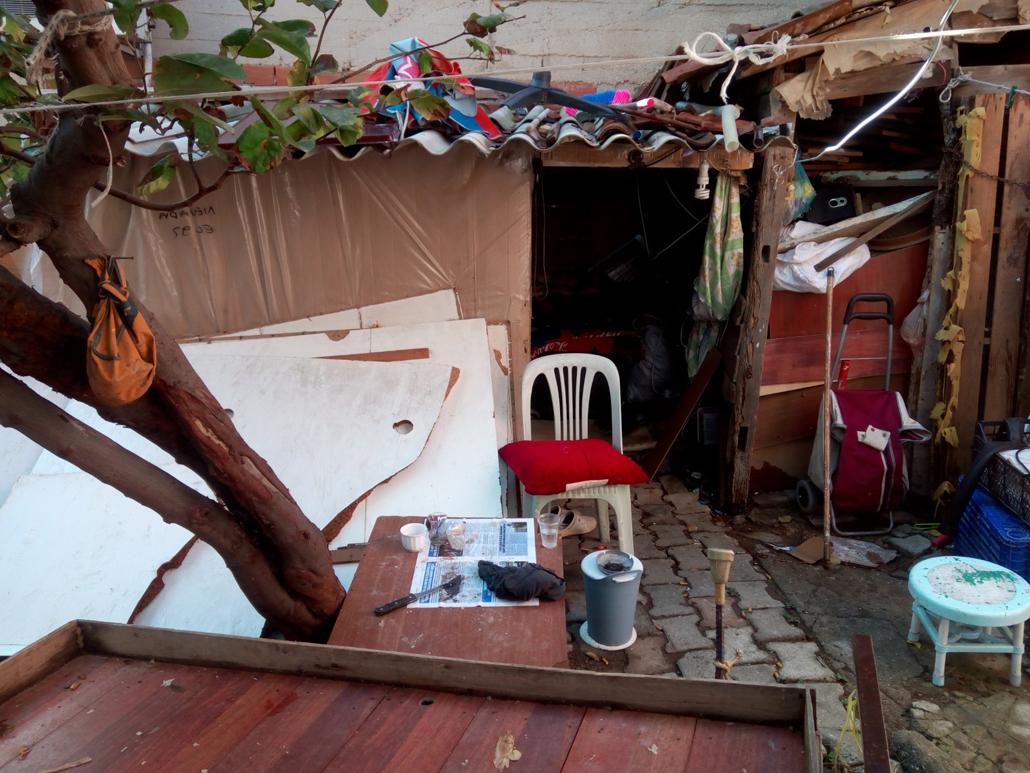 Süleymanpaşa Belediyesinden evi yıkılan vatandaşa gönül eli
