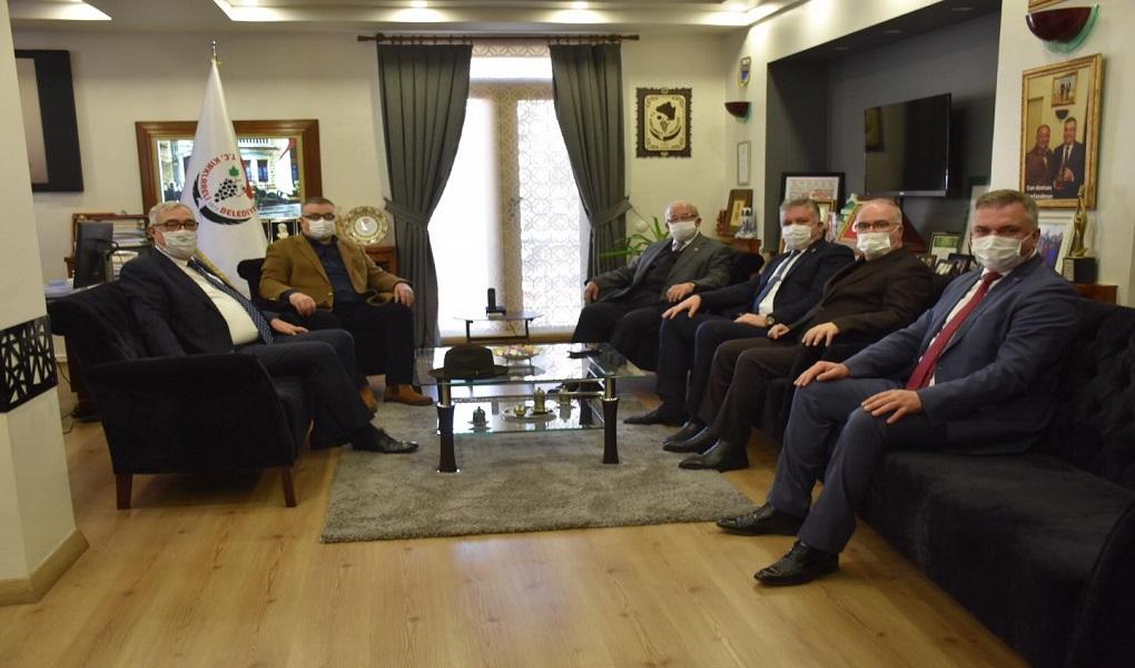 BAŞKAN KADİR ALBAYRAK'TAN KESİMOĞLU'NA NEZAKET ZİYARETİ