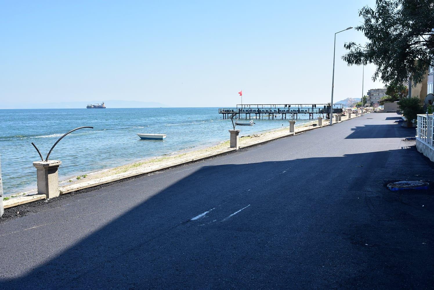 Altınova Sahili göz kamaştırmaya başladı